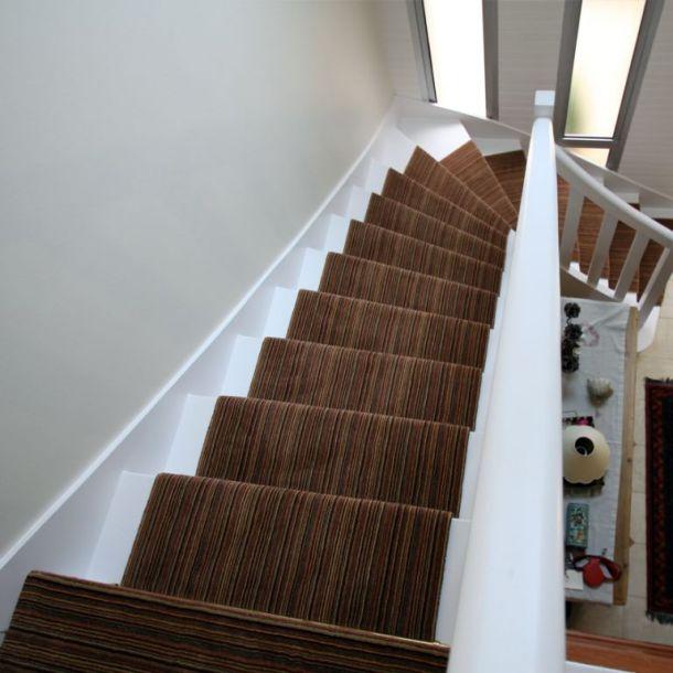 moquette escalier. Black Bedroom Furniture Sets. Home Design Ideas